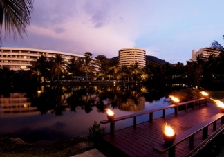 힐튼 푸켓 아카디아 / Hilton Phuket Arcadia Resort & Spa